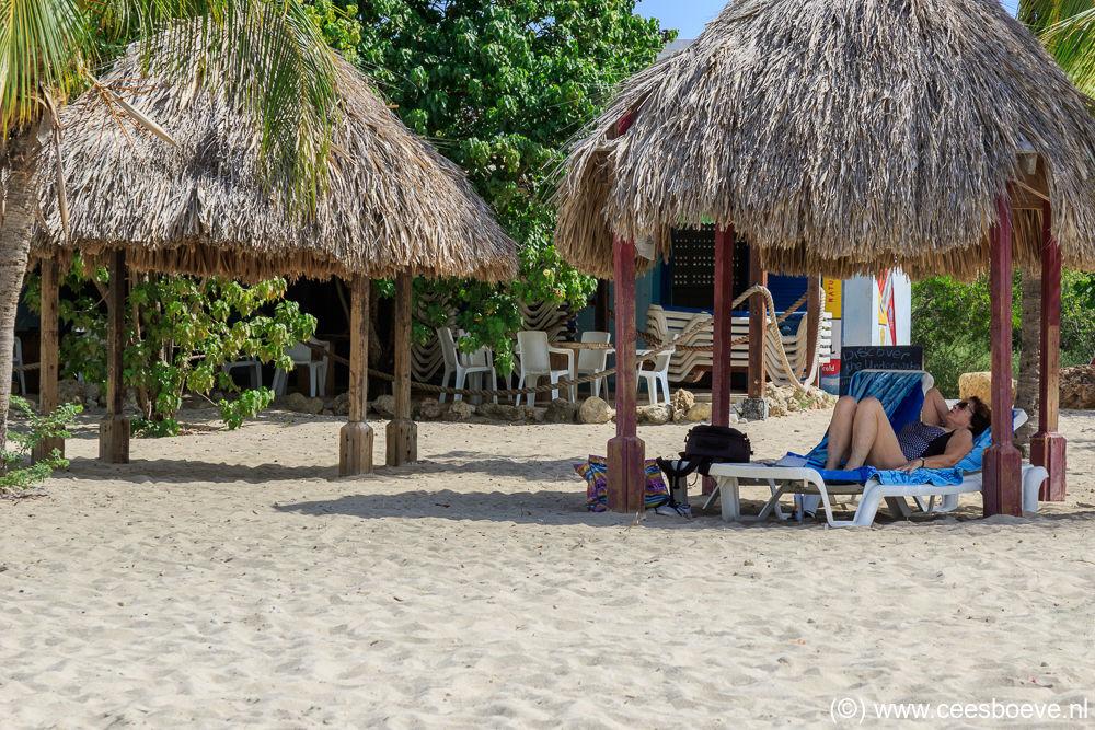 Strand | Draaibooibaai, Curacau, 9 december 2017