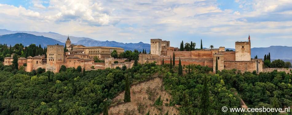 Uitzicht vanaf de Mirador de San Nicolas op het Alhambra